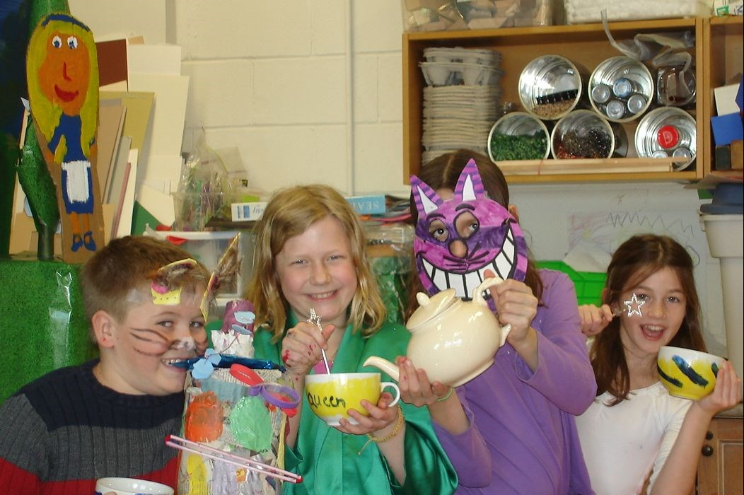 summer arts camp picture