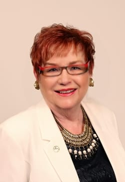 Portrait of Councillor Donna Reid